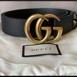 Woman's black leather Gold buckle GG belt